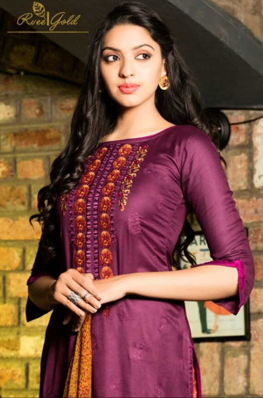 Parpule and Printed Palazo neck Pure Pashmina Embroidered Salwar Suit