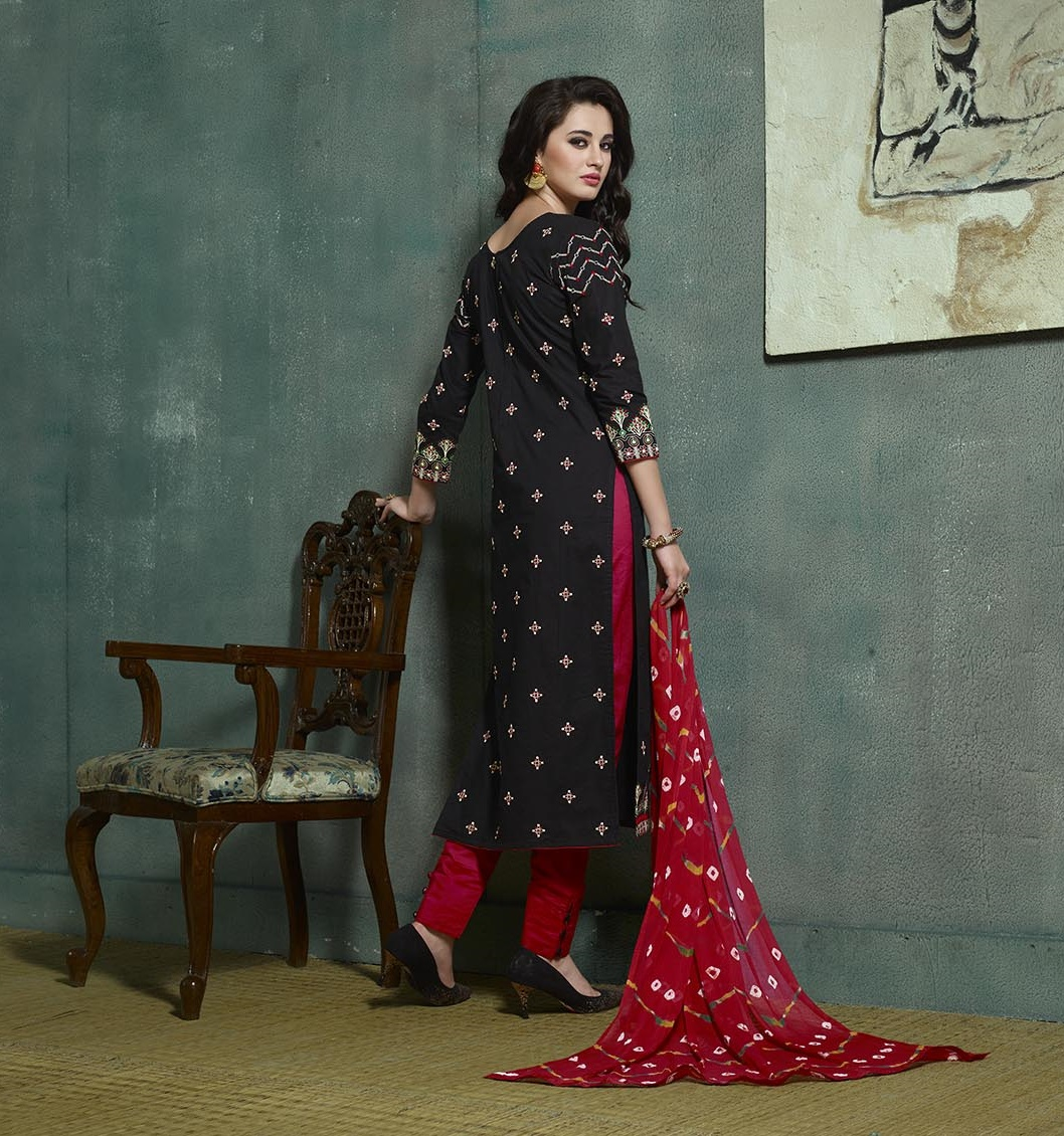 Black and Red Heavy Back Salwar Suit